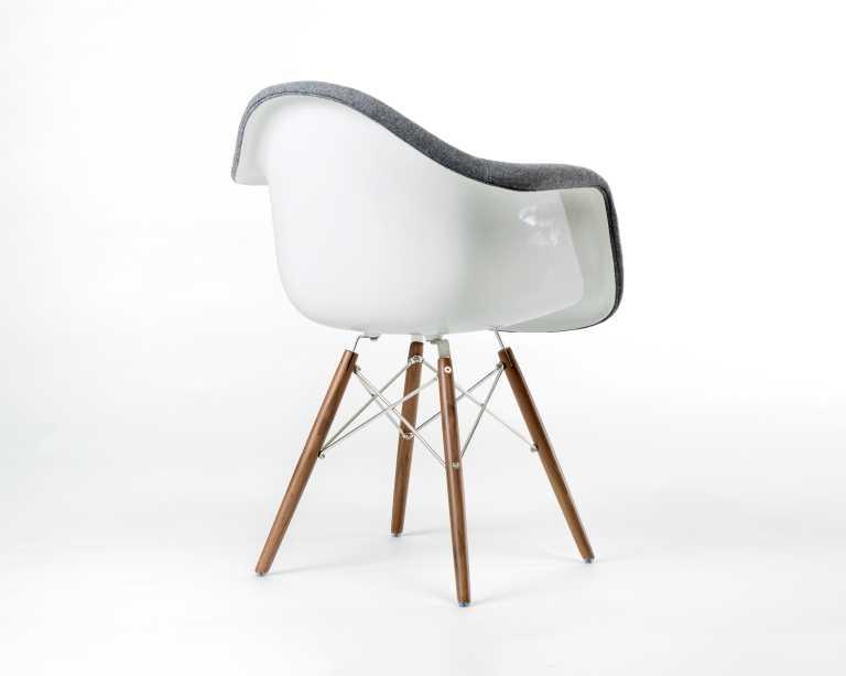 DAW Chair Upholstered Fiberglass Mid Century Modern