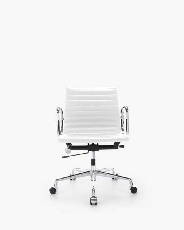 EA117 Management Chair - Commercial Series